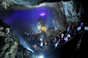paradise-cave1-300x199 hire car to paradise cave