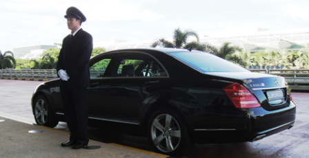 Hue to Hoi An by private car <div style='color:#ff0000;font-size:14px;'> Cheapest price guaranteed ,Free Wifi in car</div>
