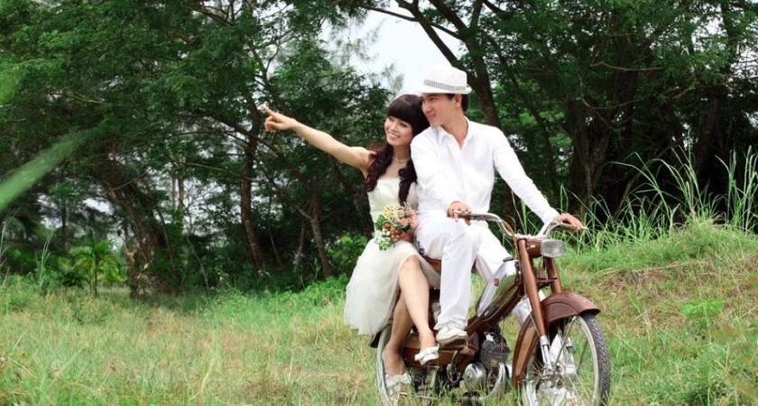 Cho thuê xe cổ chụp ảnh tại Huế